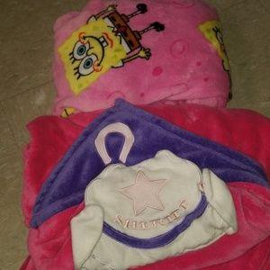 Wearable Fleece Blankets